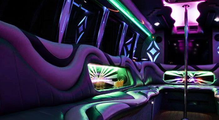 Toronto Wedding Limo – GTA Wedding Limo